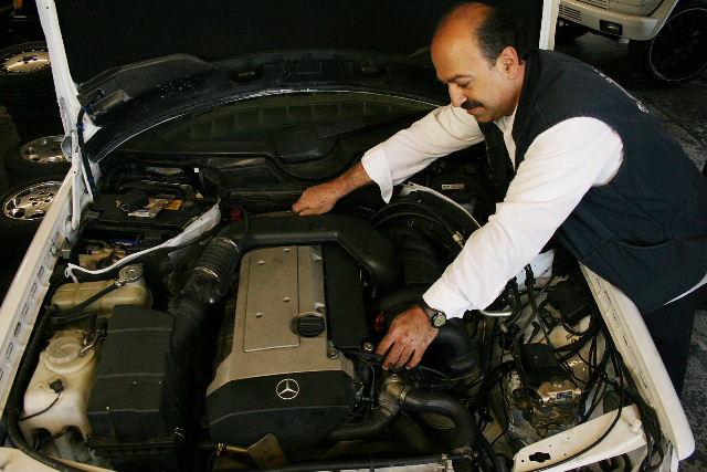 Mercedes-Benz Engine Rebuilding R88